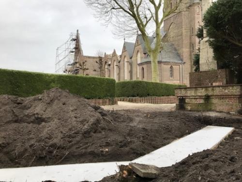 St. Urbanuskerk Bovenkerk - fundament urnenmuur